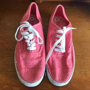 American Eagle Pink Floral Canvas Shoes